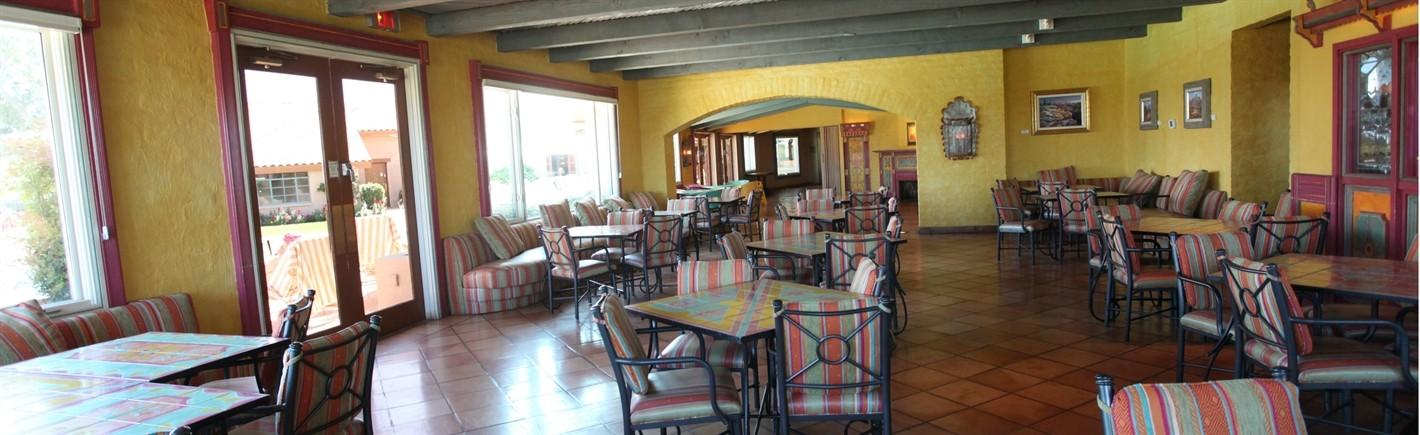rancho-de-los-caballeros-dining-room