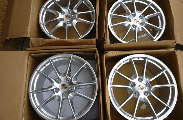 Porsche 20″ 981 Carrera S III Wheel Set For Boxter Cayman